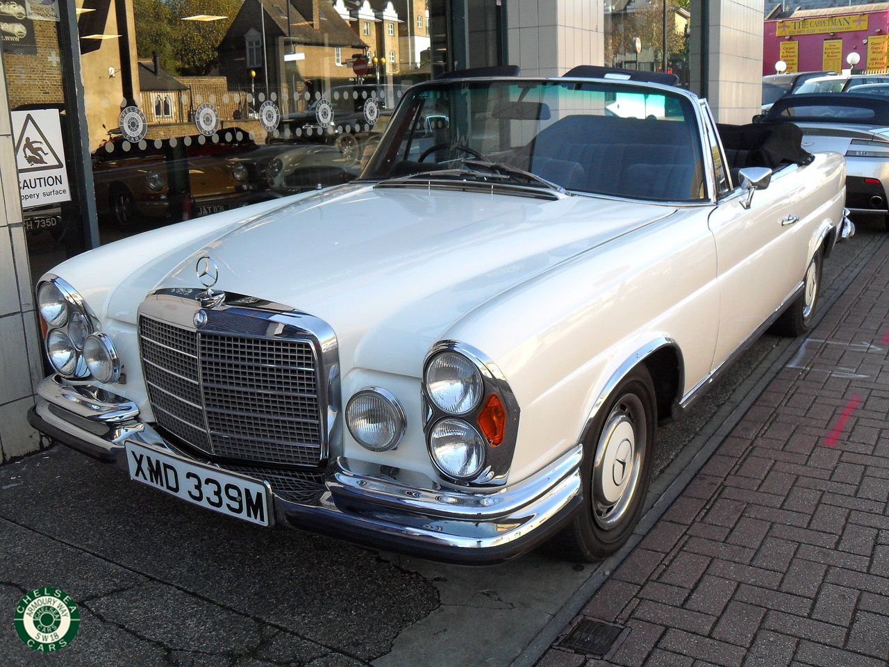 1974 mercedes 280 se 3 5 cabriolet for sale chelsea cars. Black Bedroom Furniture Sets. Home Design Ideas